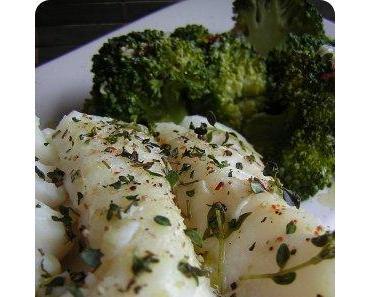 Gedämpfter Kabeljau mit Brokkoli aus dem Sharp Steamwave