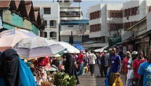 Umsiedlung zusätzlich 50.000 Afrikanern Arabern Merkel-Deutschland bekommt erst 10.000 Anderen dann später