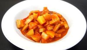 Kartoffel-Tofu-Gulasch