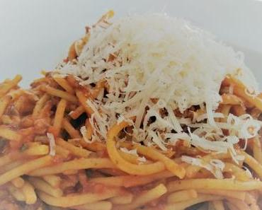 Wir lieben Pasta! Unser liebstes Bolognese Rezept. Buon Appetito!