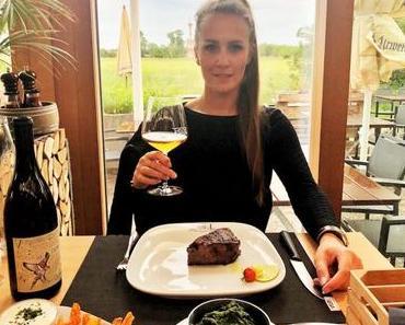 """T-BONE STEAKHOUSE mit """"Weinviertel in deinem Viertel"""" - + + + Von 01. - 30.06.2018 ++ 15 Restaurants schenken Weinviertler-Weine aus + + +"""