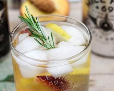 Mile High 69 Gin Tonic mit Pfirsich und Zitrone