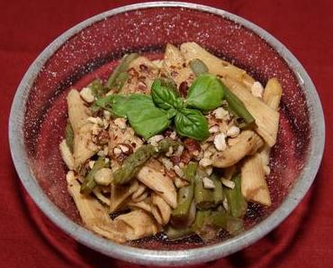 Spargel-Pennesalat (vegan)