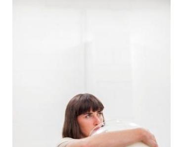 Neu im Studio Ilka Theurich Hannover: Junge weibliche Rebellen, Léann Herlihy aus Irland, Ani Zur, Ukraine, Performance 30.6.18