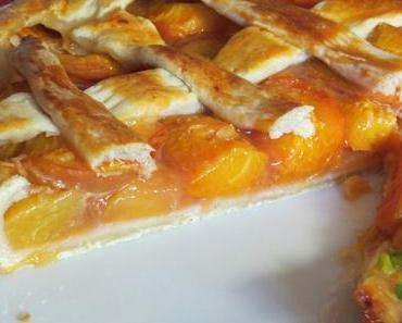 Aprikosen-Pfirsich-Crostata