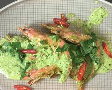 Gebratene Garnelen mit Salsa Verde
