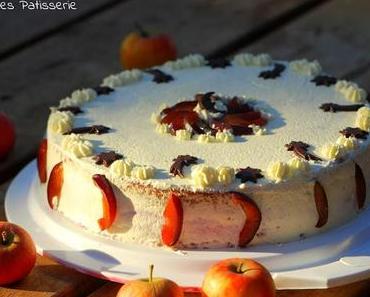 Apfel-Biskuit mit Zwetschgen & Joghurt-Mousse