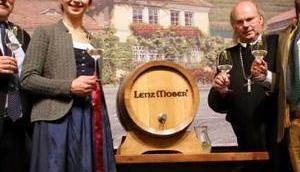 Herbstfest Weintaufe Lenz Moser