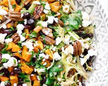 BUNT UND GESUND DURCH DEN WINTER! Gerösteter Süßkartoffel-Salat mit Rote Rüben, karamellisierten Pekannüssen und Ziegenkäse