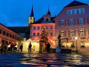 Traditioneller Weihnachtsmarkt in Iphofen