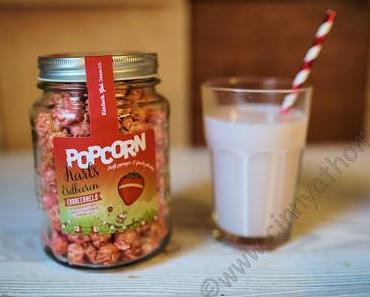 Pinkes Popcorn im Glas mit Erdbeer Geschmack von Karls #Food #Lecker #FrBT18