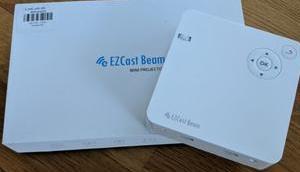 EZCast Mini-Projector: Gewinne jetzt handlichen Mini-Beamer Akku