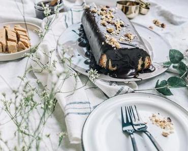 Haselnuss-Nougat-Kuchen aus essbaren Souvenirs