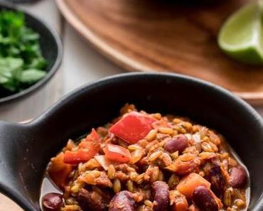 Vegetarisches Chili mit Grünkern (Chili sin Carne)