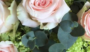 Friday-Flowerday oder Blumengestecke Behalten Verschenken.