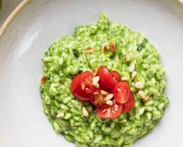 Spinat-Risotto mit frischen Kräutern