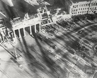 Collection Regard: Hommage à Berlin – Photographien 1945/1946