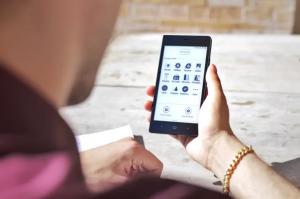 Kingrow K1 E-Reader mit Smartphone-Funktionen