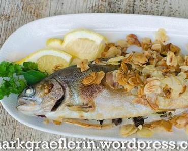 Freitagsfisch: Forelle im Mandelbett