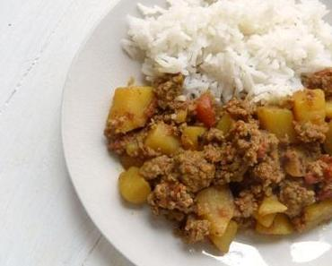 Saftiges Würzfleisch mit Kartoffeln