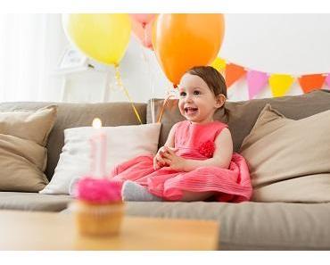 Liebevolle und lustige Sprüche zu Babys erstem Geburtstag