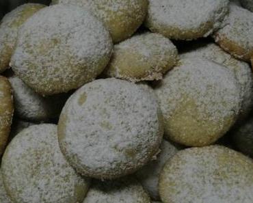 Polnische Nussplätzchen (Ciastka Kruche z Orzechami)