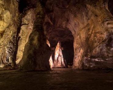Die Höhle im Raum: RICOCHET #13 von Martin Heindel