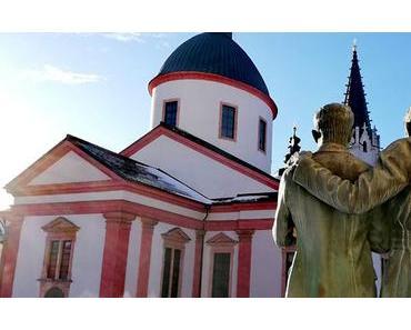 Bild der Woche: Pater Abel blickt auf die Basilika