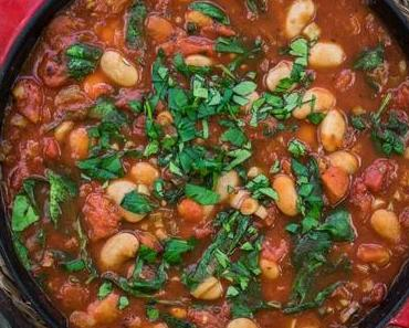 Gebackene weiße Bohnen in Tomatensoße