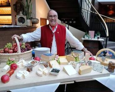 HOTEL SCHLOSS LEBENBERG – Tiroler Käse-Degustationsmenü EVENT - + + + Event-Vorankündigung: 5-Gang-Degustationsmenü inkl. Weinbegleitung am 13. März 2020 + + +