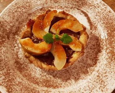 Schoko-Birnen-Tarteletts mit frischer Minze (ovo-lacto-vegetarisch)