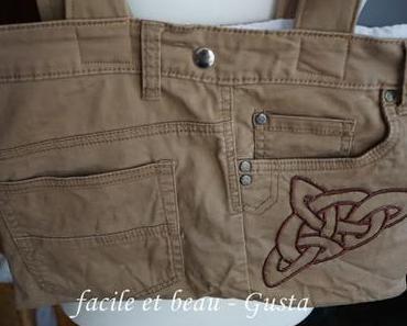 Tasche mit Keltischem Knoten