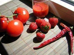 Erdbeer-Tomaten-Chutney mit Chilischärfe aus Marmeladen, Chutneys & Co.