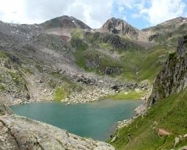 Von kaputten Wanderschuhen und Leuchttürmen in den Bergen