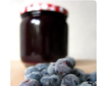 Heidelbeer Marmelade und Blaubeer Konfitüre
