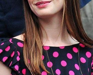 """Erste Bilder von Anne Hathaway als Catwoman in """"The Dark Knight Rises"""""""