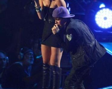Justin holt nicht nur Miley auf die Bühne