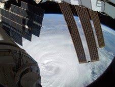 Hurrikan EARL: NASA-HQ-Foto und Video von der ISS + Foto im Auge (Eye) vom Global Hawk Aircraft