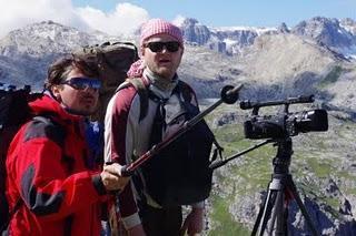 Dr. Alexander Lukeneder zeigt Fossilien, Forschungsergebnisse und Dolomiten-Film