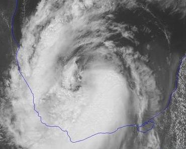Tropischer Sturm NATE bereitet Landfall in Veracruz, Mexiko, vor - wahrscheinlich nicht mehr als Hurrikan