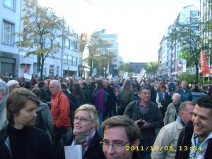 Weltweite Demos – Erlebnisse vom Tag in Düsseldorf und anderen Städten