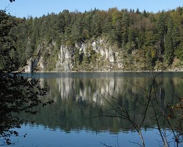 Albträume am Alpsee: Bilder des Schreckens und des Grauens! - The Alpsee Lake: A Tale of Horror, Gloom and Doom! - Il lago Alpsee di Schwangau: L'incubo del viaggiatore - Lac Alpsee de Schwangau: le cauchemar du randonneur