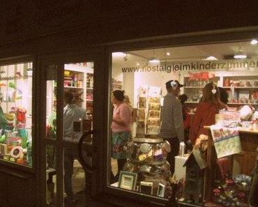 I´m quick get away...to an inspiring book, a lovley shop and a perfect evening