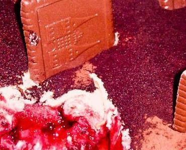 Ideen für's Halloween Buffet Nr. 5: Gruseliges Grabstein Tiramisu