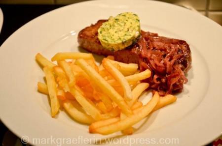 Der erste Weihnachtsfeiertag: Steak-Frites