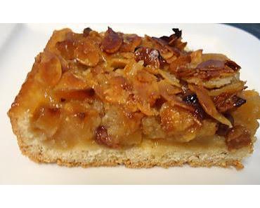 Bratapfel  Blechkuchen mit Bienenstich  - Haube und eine nette Auszeichnung
