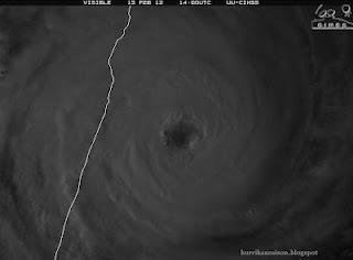 Satellitenbild Zyklon GIOVANNA kurz vor Landfall bei Toamasina, Madagaskar