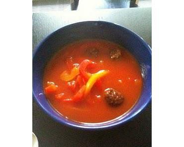 Suppe mit Fleisch