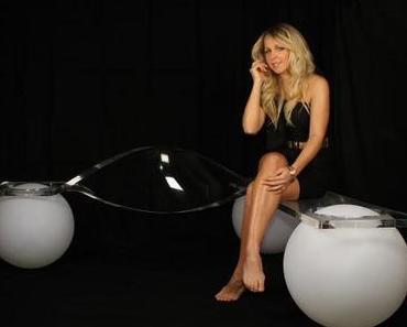 Light Ball Bench Manfred Kielnhofer – Plexiglas by ThyssenKrupp Plastics Austria