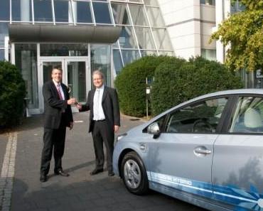 Toyota Motor Europe und LeasePlan kooperieren im Bereich Elektrofahrzeuge